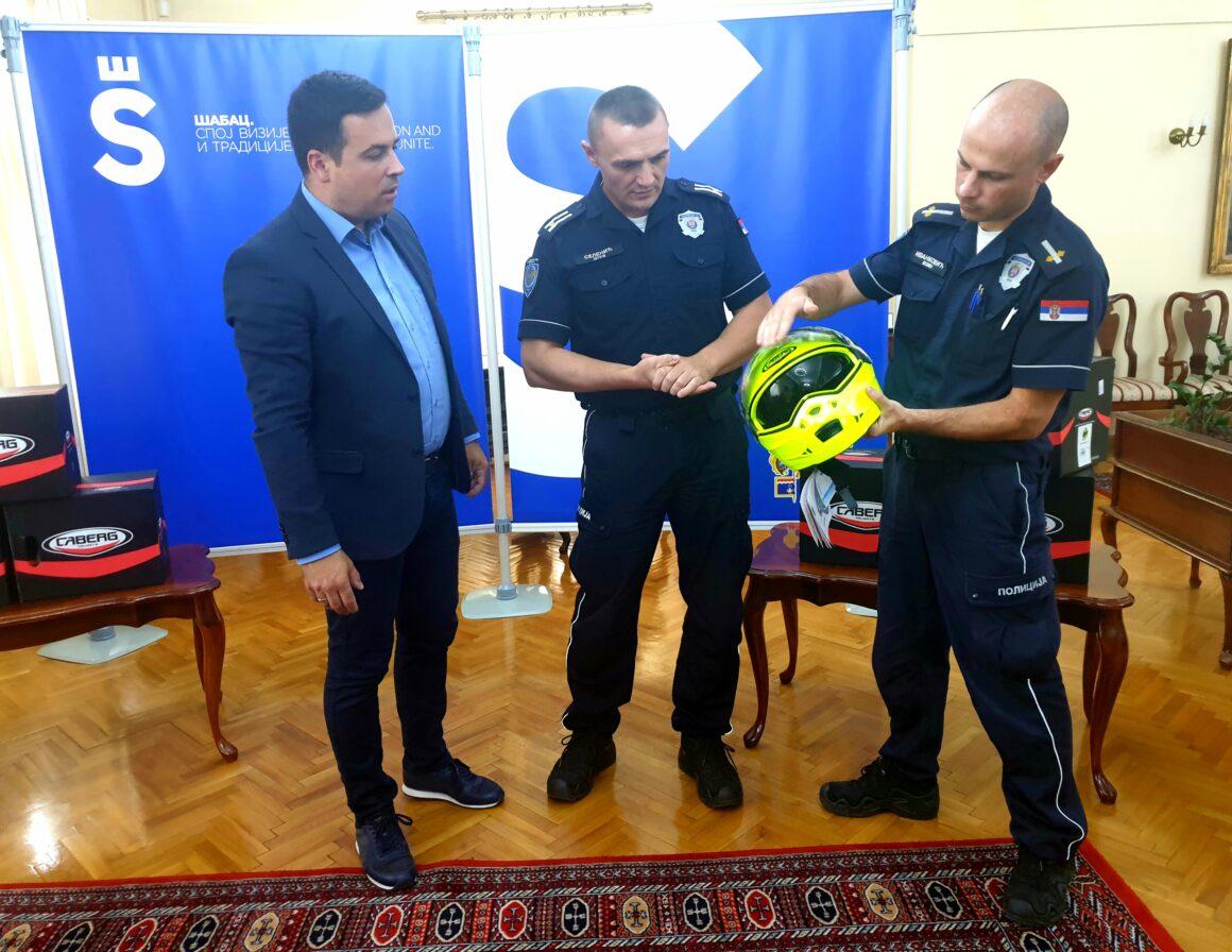 Уручене кациге за Одељење саобраћајне полиције ПУ Шабац