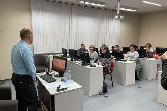 Основна информатичка обука за већу могућност запошљавања