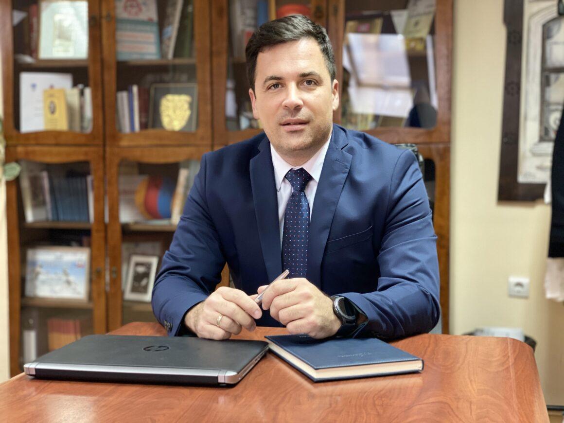Божићна честитка председника Скупштине града Шапца Немање Пајића