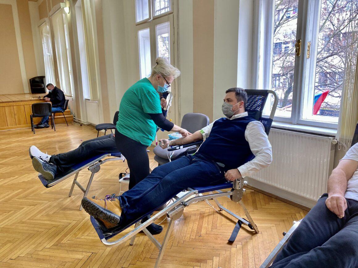 Председник Скупштине града Шапца подржао акцију добровољног давања крви