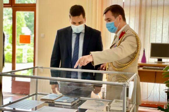 Председник Скупштине града Шапца Немања Пајић отворио изложбу Британци и Други светски рат у Југославији
